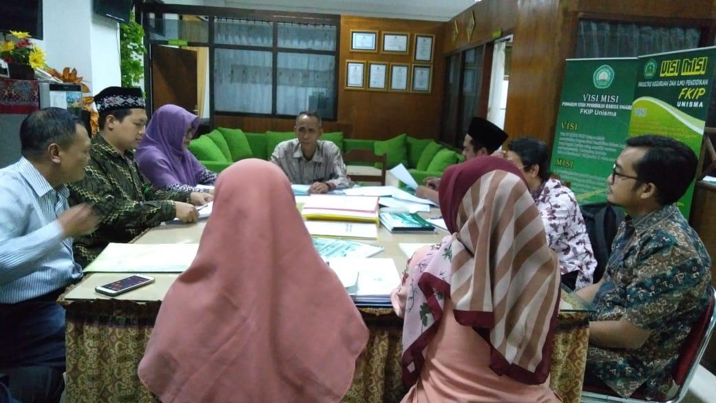 Penelusuran dan Konsultasi